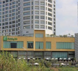 Restaurant mit Terrasse Hotel Holiday Inn Chiangmai