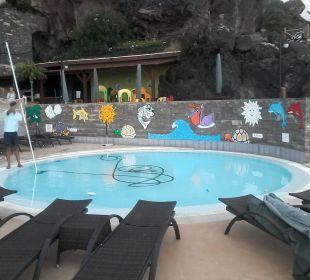The Cliff Bay Kinderpool auf der Sonnenterrasse Hotel The Cliff Bay (PortoBay)