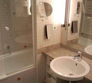 Badezimmer mit Badewanne Hotel centrovital