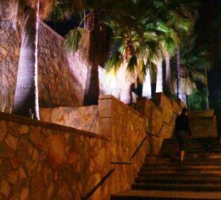 Treppenaufgang zum Hotel