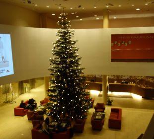 Weihnachten im Foyer Austria Trend Hotel Savoyen Vienna