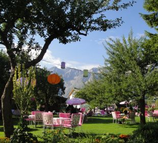 Aussenbereich der Lobby und Bar Alpenresort Schwarz