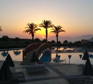 Sunset  Hotel Horizon Beach Resort