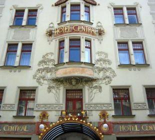 Facade K+K Hotel Central