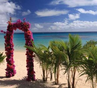 Place of Weddingceremony Sandy Beach Resort Tonga