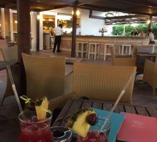 Leckere Cocktails  Hotel Nissi Beach Resort