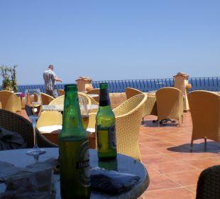 Erfrischung nach der Ankunft Colonna Resort