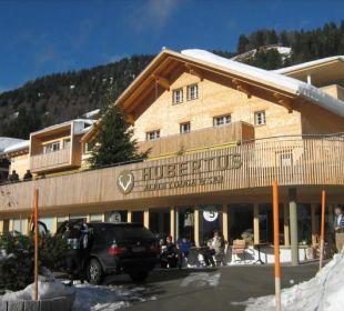 """Außenansicht """"Eingangsbereich"""" Hubertus Alpin Lodge & Spa"""