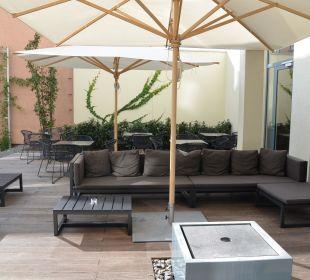 Outdoor Lounge Motel One Stuttgart