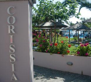 Eingang Pool/Restaurant/Strandbereich Hotel Corissia Beach