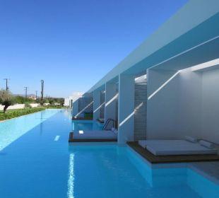 Sharing Pool mit Terrasse
