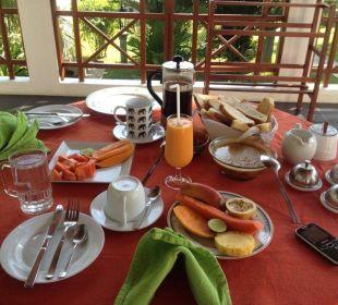 Безупречный завтрак Amal Villa