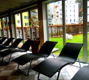 Ruheraum im Swimming Pool MONDI-HOLIDAY First-Class Aparthotel Bellevue