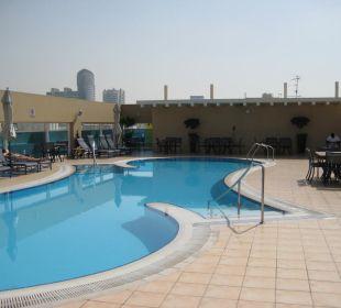 Pool auf dem Dach des Sheraton