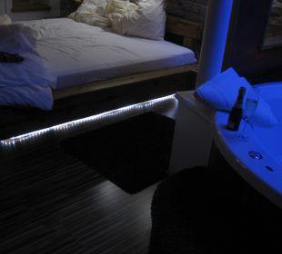 Beleuchtetes Bett Hotel Winzer Wellness & Kuscheln