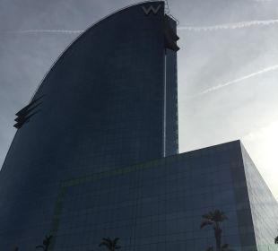 Gebäude W Barcelona Hotel