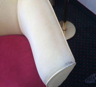 Sessel nicht so schön  Steigenberger Hotel Thüringer Hof