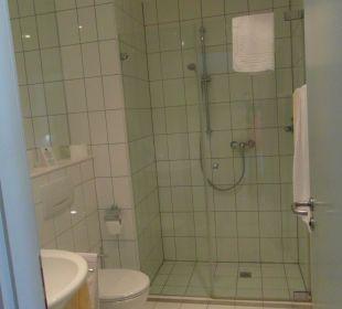 Große Dusche, Platz für zwei Inselhotel Rügen B&B