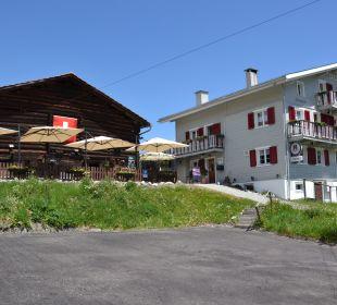 Aussenansicht Gasthaus und Gartenrestaurant Gasthaus Alpina