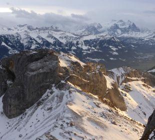 Jungfraumassiv und vieles mehr Hotel Pilatus-Kulm
