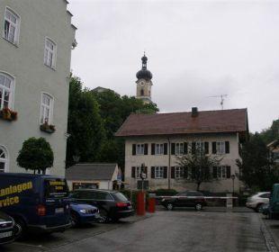 Blick zur Kirche Hotel Angerbräu