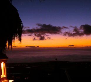 Sonnenuntergang von der Terrasse Hotel La Palma Jardin