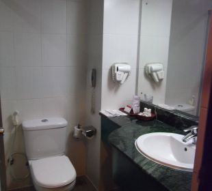 Bad Nr.1 Hotel Ramada Katunayake Colombo International Airport