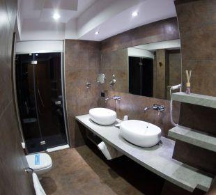 Badezimmer Ginevra de Benci Familienzimmer Hotel Leonardo da Vinci