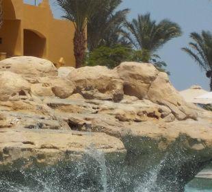 Toller Wasserfall am Beachpool