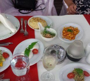 Tisch beim Barbecue Adalya Art Side/Artside