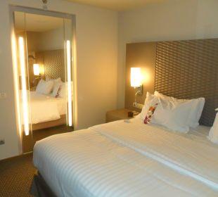 Łóżko w pokoju typu executive Crowne Plaza Barcelona - Fira Center