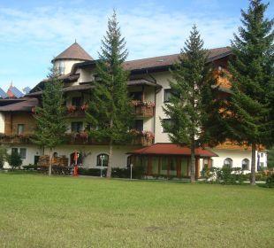 Landseite zum hotel Alpenhotel Karwendel