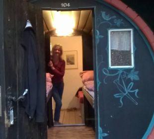 bernachtung im fass hotel lindenwirt in r desheim am rhein hessen deutschland. Black Bedroom Furniture Sets. Home Design Ideas