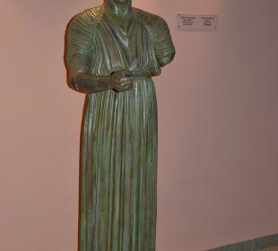 Statue im Lobby-Bereich Hotel Horizon Beach Resort