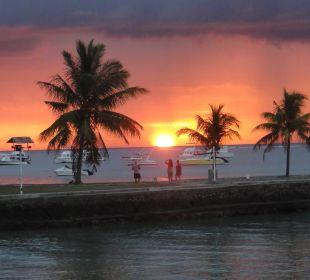 Sonnenuntergang Coral Azur Beach Resort