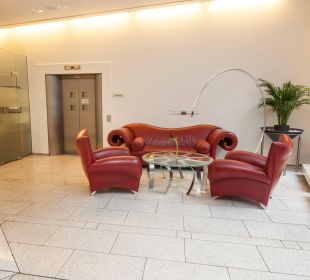 Lobby Novum Select Hotel Berlin Ostbahnhof