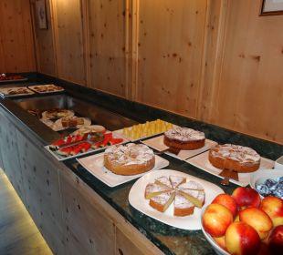 Kuchenbuffet am Nachmittag Alpin & Relax Hotel Das Gerstl