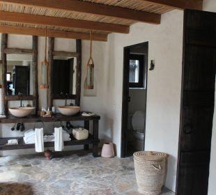 Blick vom Schlafzimmer ins Bad Six Senses Spa At Zighy Bay