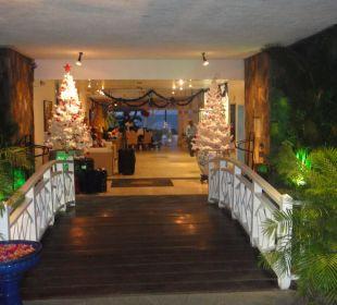 Klein Coral Azur Beach Resort