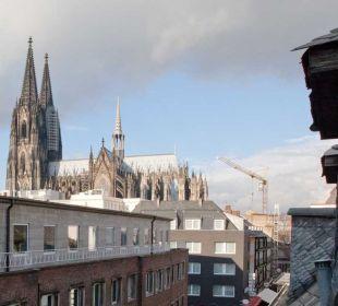 Blick vom Zimmer auf den Dom Hotel Stern am Rathaus