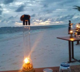 Tische am Strand