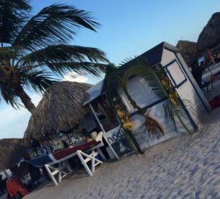 Strand-Bar, ab 18 Uhr geschlossen Now Larimar Punta Cana