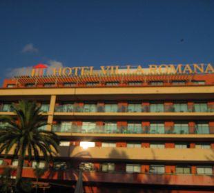 Blick aufs Hotel Villa Romana