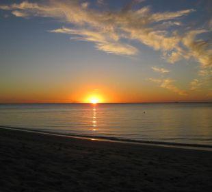 Sonnenuntergang Sandy Beach Resort Tonga
