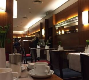 Frühstücksraum K+K Hotel Fenix