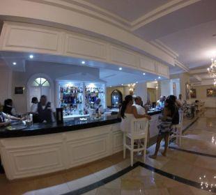 Lobby Bar Grand Bahia Principe Cayacoa