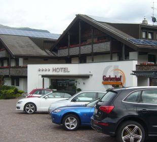 Eingang und Parkplatz Hotel Garberhof Beauty & Wellness Resort Hotel Garberhof
