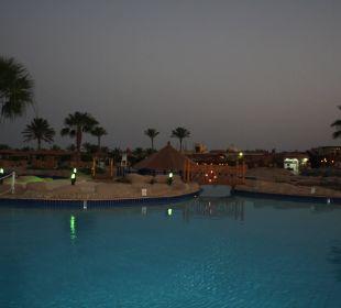 Hauptpool SUNRISE Select Royal Makadi Resort