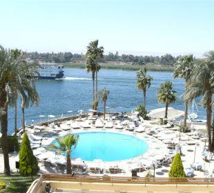 Der große Pool dierekt am Nil Achti Resort Luxor