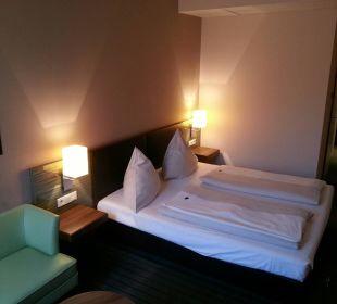 Die Größe des Zimmers passt NOVINA HOTEL Tillypark